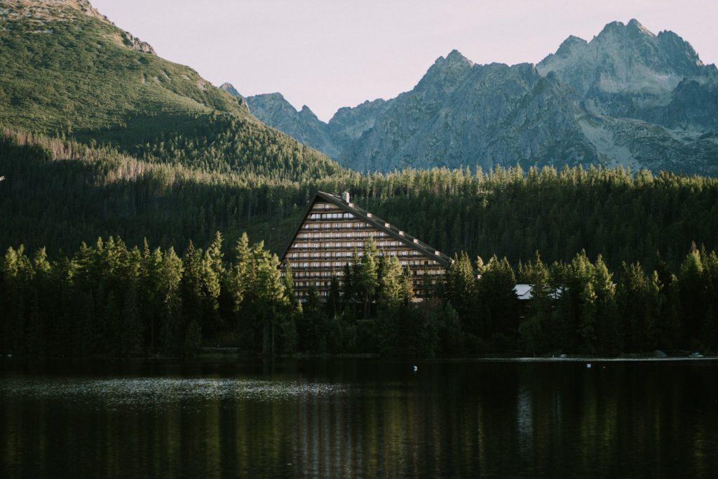 sesja szczyrbskie jezioro
